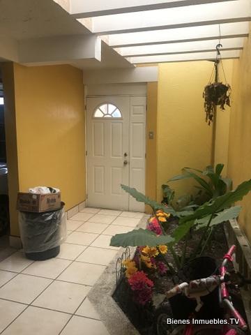 Casa en venta en zona 16, Condominio Las Fuentes II