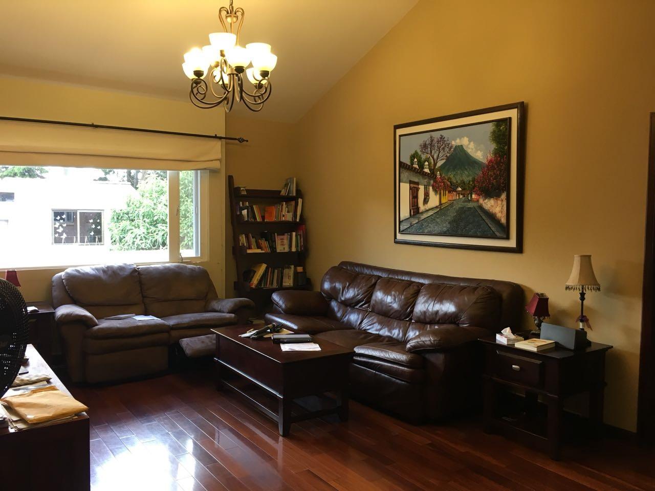 Casa en venta y alquiler en Alta Loma II