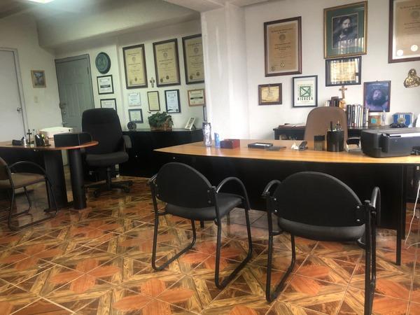 Oficina en venta Edificio Plaza Buro zona 10