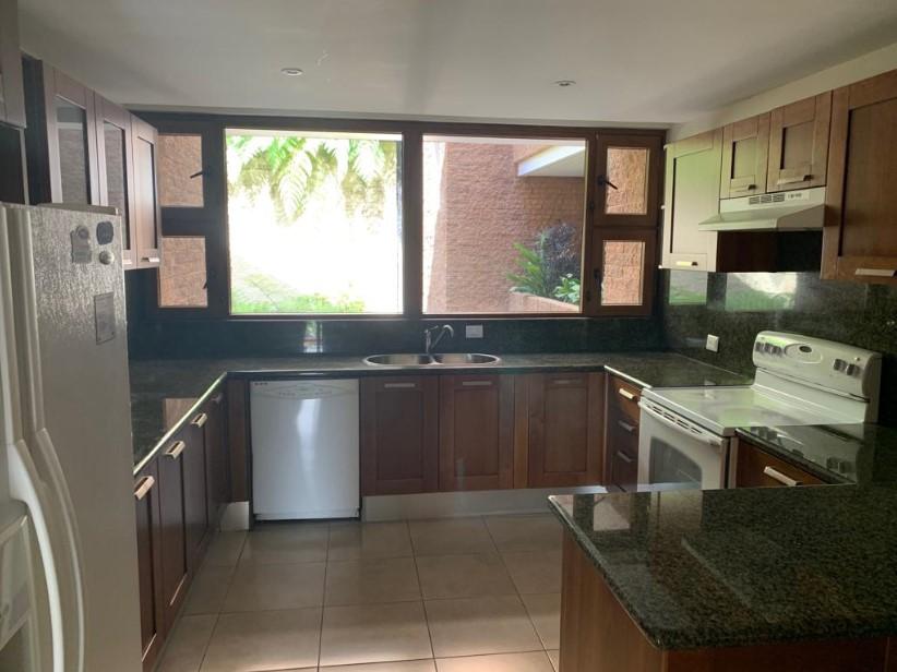 Apartamento en venta en La Canada
