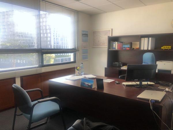 Oficina en alquiler o venta zona 10