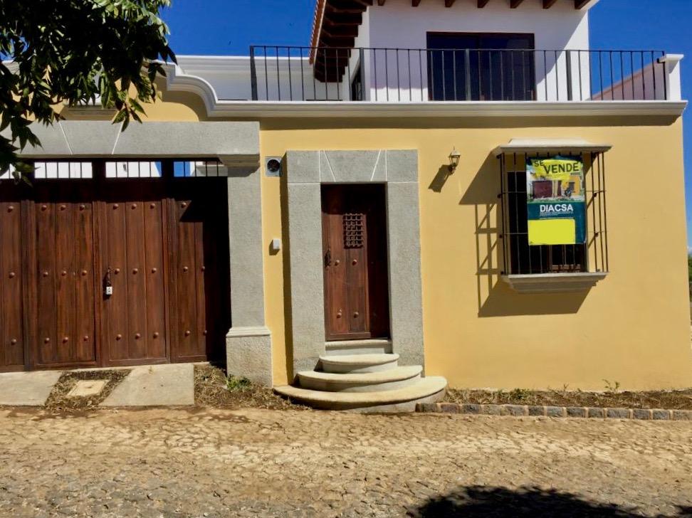 Casa  en San Lucas Sacatepequez