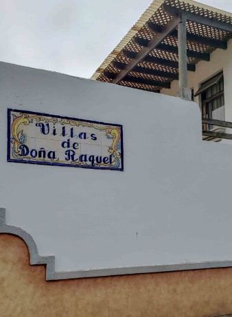 Casa en Villas de Do�a Raquel