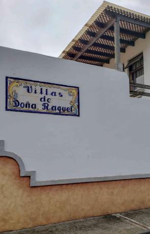 Casa en Villas de Do�a Raquel