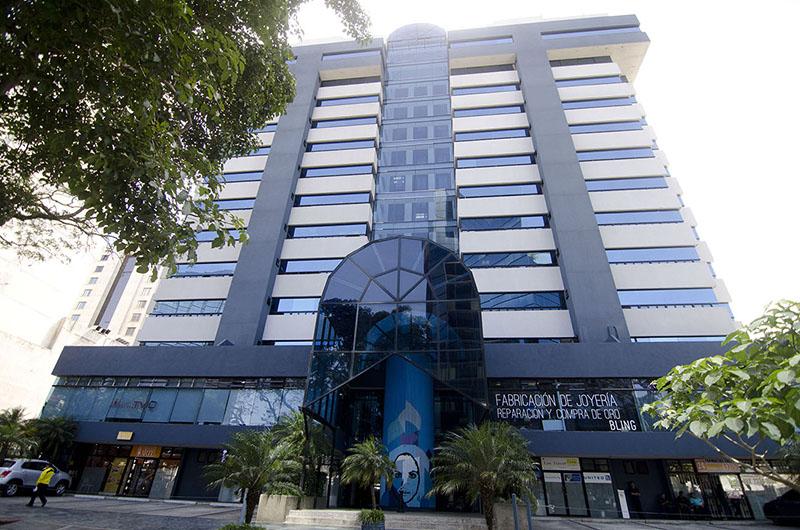 Oficina en Alquiler Edificio Topacio Azul
