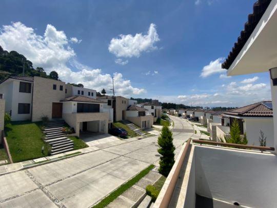 Casa en venta en zona 16, Vista Hermosa IV, Lomas de San Isidro, Cl�ster Posadas