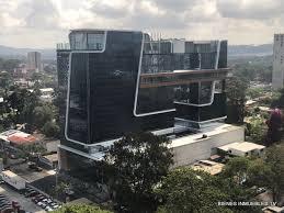 Oficina en renta Forum Zona Viva