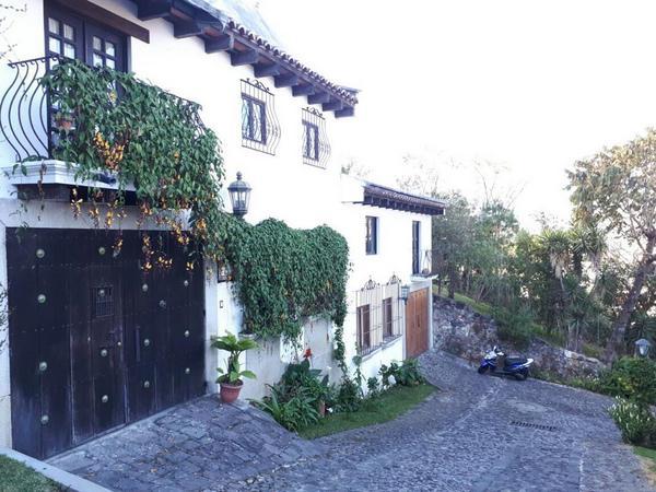 Casa en alquiler o venta Condominio Mirantigua