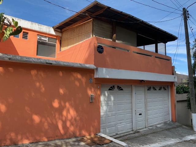Casa en venta en zona 16, Kanajuyu I