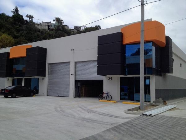 Ofibodega en renta Centro 5