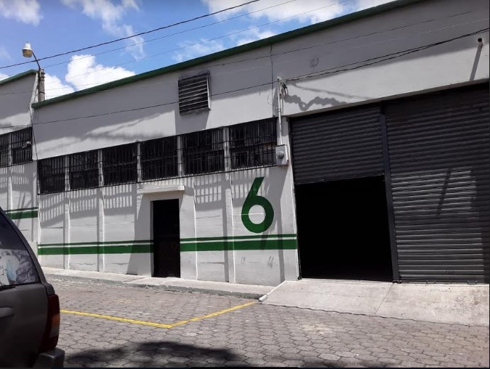 Ofibodega en alquiler Calzada San Juan Zona 7