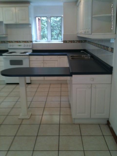 Casa en venta de 4 habitaciones en km. 16.5 Carretera a El Salvador, Condominio Vizcaya