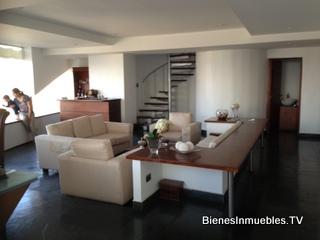Penthouse en alquiler y venta en Edificio Torre Nova, zona 13