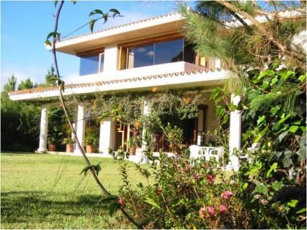 Casa en venta en Hacienda Nueva Golf Club, San Jos� Pinula