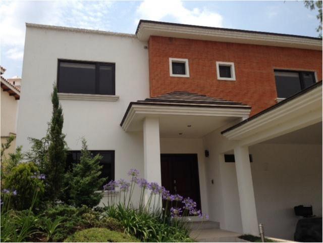 Casa en venta en Altos de San Gaspar, zona 16