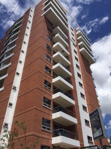 Penthouse en Edificio Akoya
