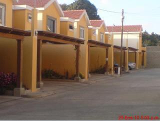 Casa de 3 dormitorios en venta en condominio Ca�ada de San Lucas