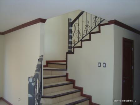 Casa en venta en villas de san martin km 30 carretera a for Gradas de casas