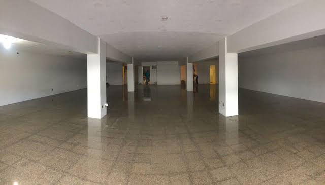 Local comercial en renta en Zona 9.
