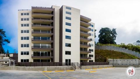 Apartamento en renta 3 habitaciones zona 16