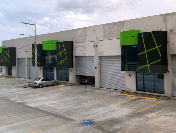 Ofibodega en renta Centro Sur