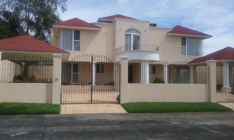 Preciosa Casa en Real del Campo km 25.5