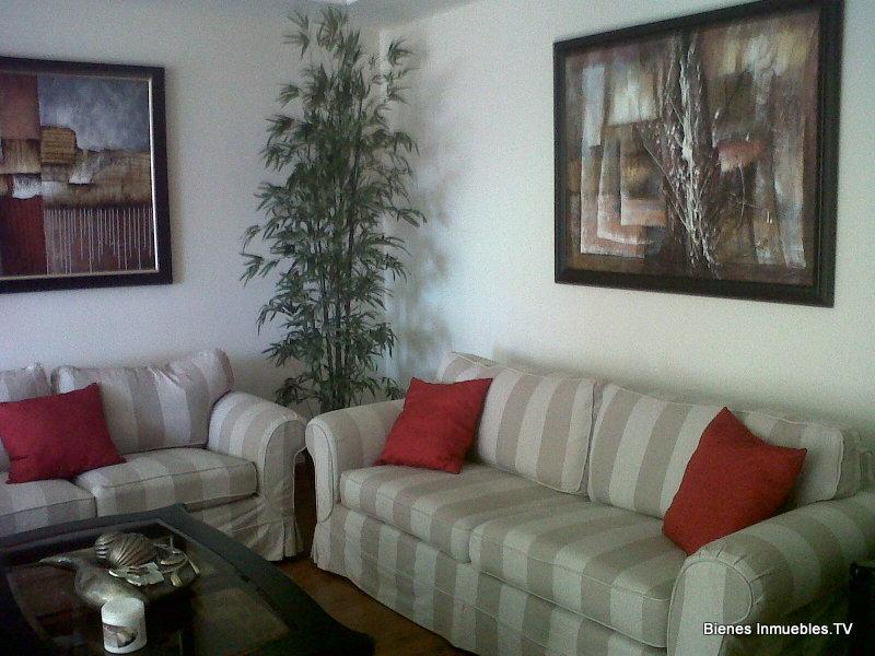 Apartamento en alquiler en Edificio Arc�ngel Miguel, zona 14