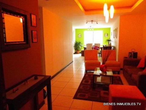 Apartamento en venta en Jardines de La Floresta-ideal inversionistas-
