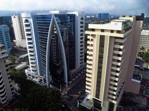 Oficina en alquiler Edificio Dubai Center, zona 10