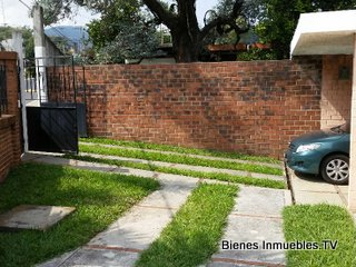 HERMOSA CASA EN PINARES DE SAN CRISTOBAL