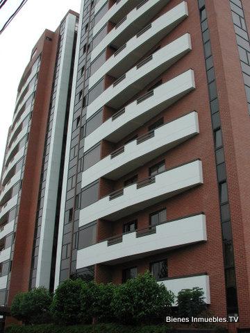 Apartamento en Venta Edificio Tarragona zona 15 Vista Hermosa 1